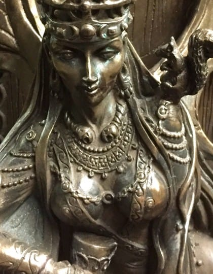Celtic War an Love Goddess Maeve (Medb)Cold Cast Bronze Statue by Maxine Miller ©Maxine Miller - Zoom
