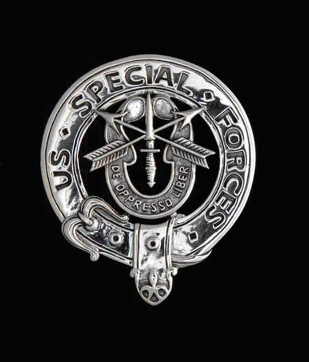 US ARMY: Special Forces Bagpiper Belted Crest Badge - .925 Sterling Silver ©celticjackalope.com