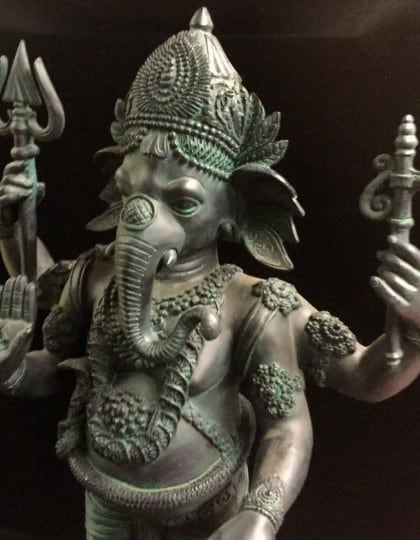 Hindu Lord Ganesha Elephant God Statue Black Resin ©celticjackalope.com #2
