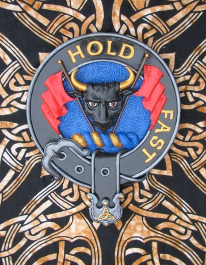 Hand Painted Clan MacLeod of MacLeod Cres Badge Wall Plaque CelticJackalope.com